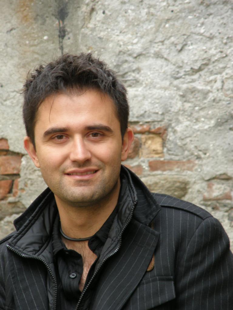 Antonio-Argus_Mind-Traps_Mariano-Tomatis
